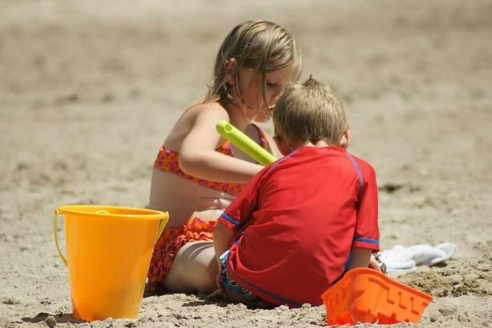 Activities - Make Sandcastles on the shores of Pelican Lake